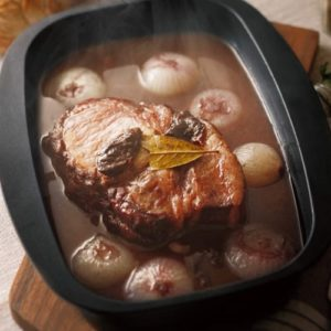 ココットダッチオーブン 赤ワイン煮